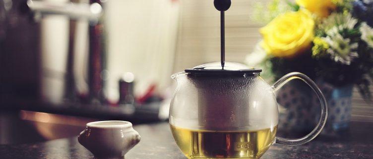 Kan groene thee helpen bij afvallen?