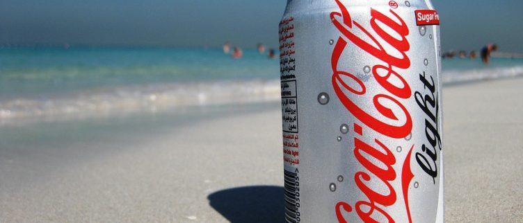 Kun je afvallen met Cola light of andere lightproducten?