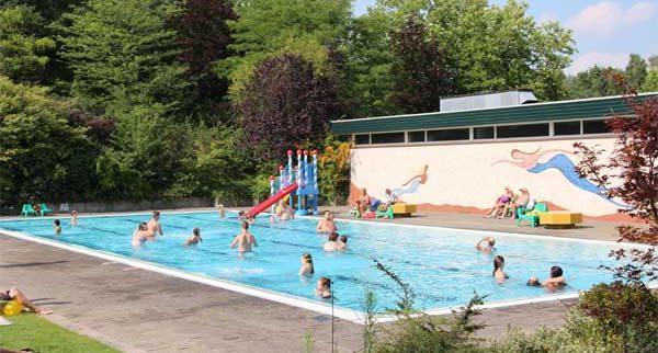 De leukste Nederlandse campings met zwembad