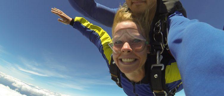 Tandemsprong Skydiven; 7 fantastische plekken in Nederland