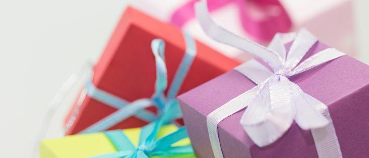 Hoe bespaar je geld op Kerst of Sinterklaas kado's?