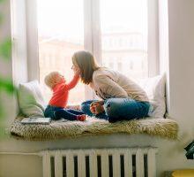 Hoe regel je een kinderoppas?