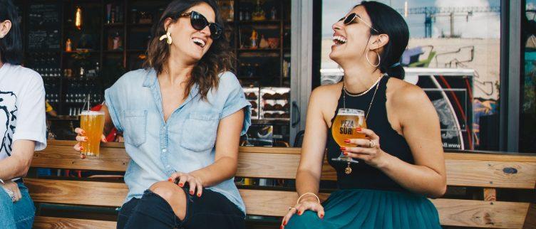 7 tips om nieuwe vriendinnen te ontmoeten