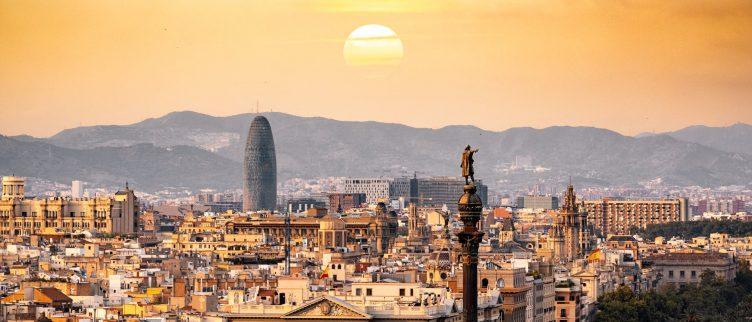 Wat is het beste vliegveld om op te vliegen in Barcelona?