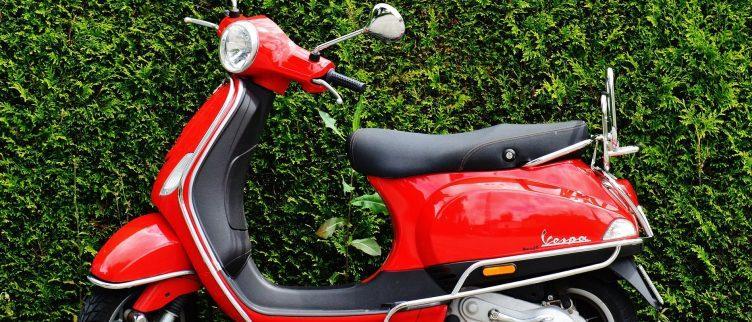 Wat kost het behalen van je scooter rijbewijs?