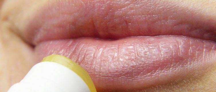 Is lippenbalsem schadelijk?