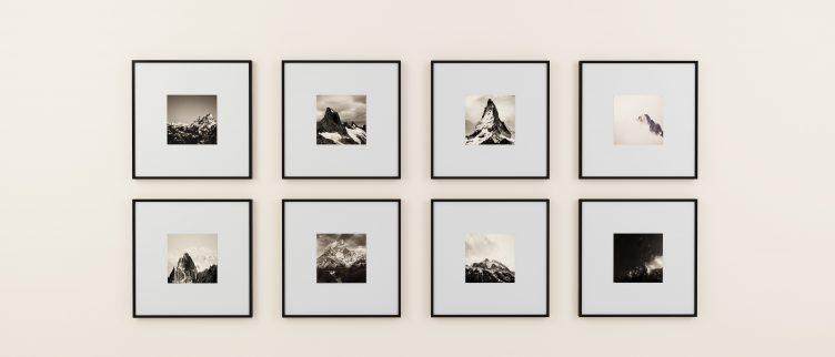 Hoe kun je fotolijstjes het beste ophangen?