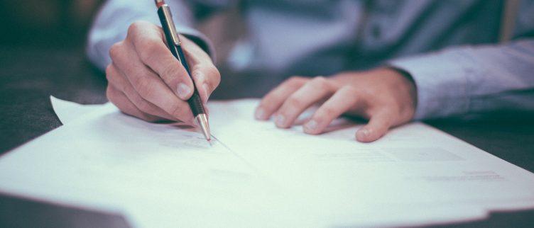 Waar let je op bij het vergelijken van notarissen?