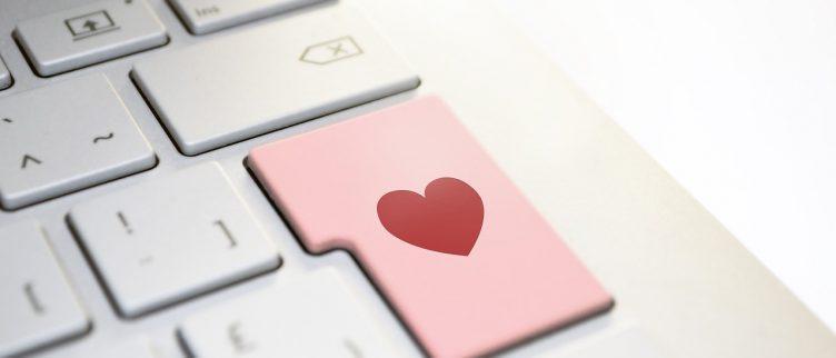 Hoe kun je Tinder op je pc of laptop gebruiken?