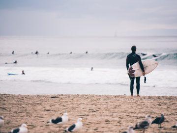 8 Plekken waar je kunt leren surfen in Europa