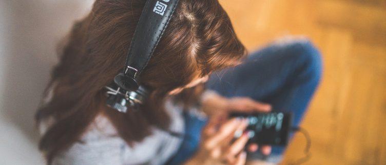 Hoe kun je muziek luisteren zonder internet?