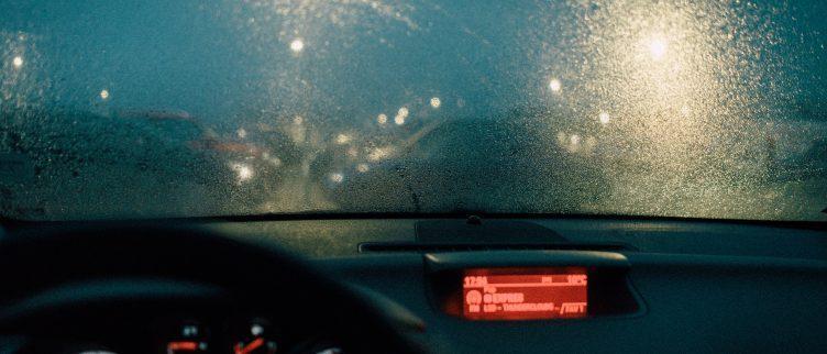 6 tips voor een vochtvreter in de auto