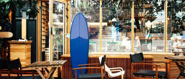 2 plekken waar je indoor kunt surfen