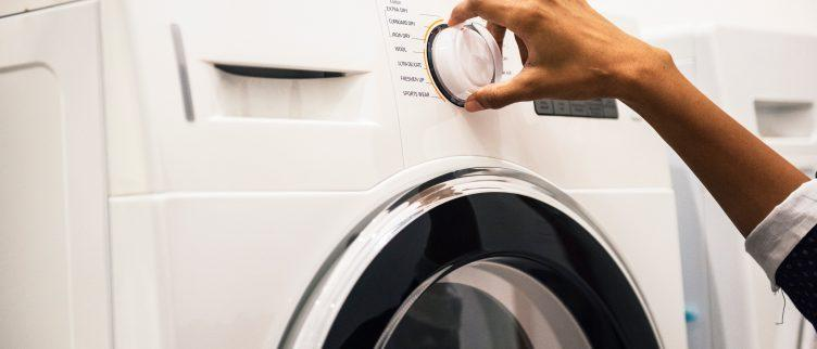 Wat moet je doen als je wasmachine lekt?