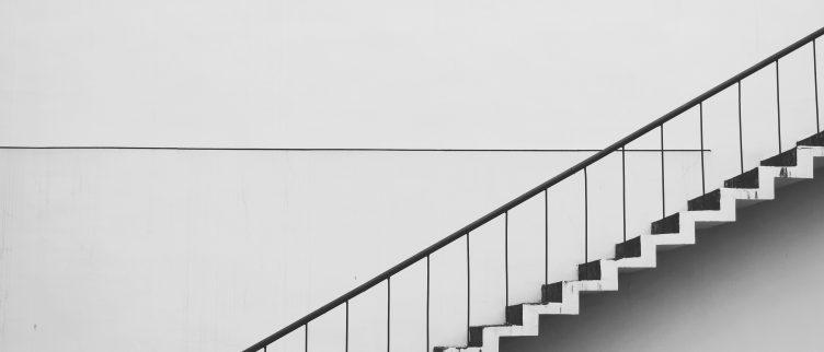 Waar let je op bij de aanschaf en plaatsing van een traplift?