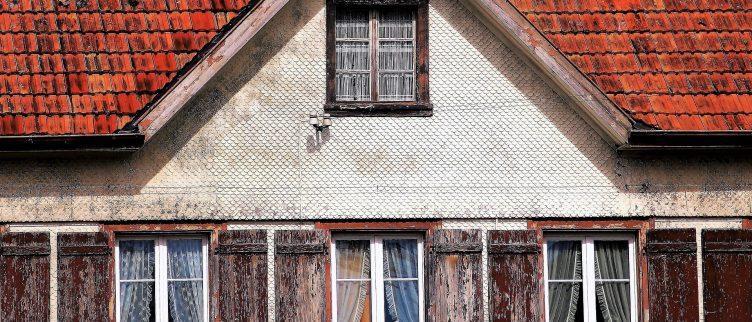 Wat moet je doen als je lekkage aan je dak hebt?