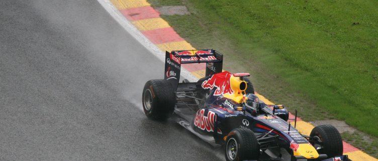Welke Formule 1 GP's hebben een oranje tribune of camping?