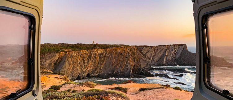 De complete gids voor een camperreis door Portugal (wildkamperen)